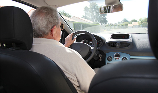 TRF4 impede Receita Federal de penhorar veículo de idoso
