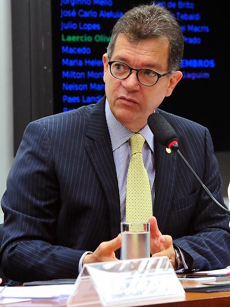 Comissão aprova alíquota única para microempresa em substituição tributária