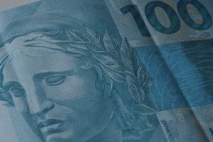 IPCA: inflação oficial fecha 2015 em 10,67%
