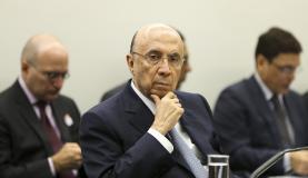 Meirelles: governo acompanhará setores em que foi mantida desoneração