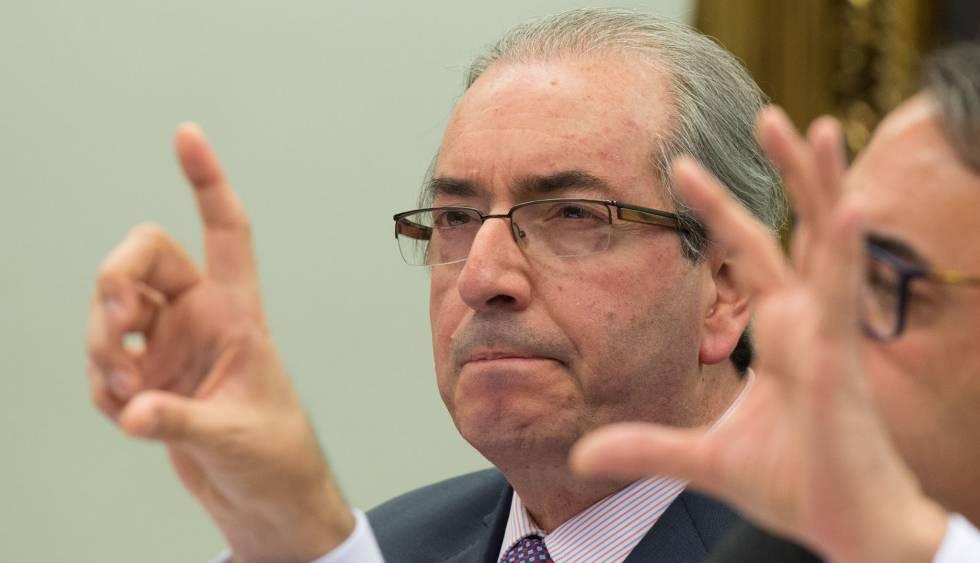 Apuração de crimes fiscais de políticos esbarra em 'lista VIP' da Receita