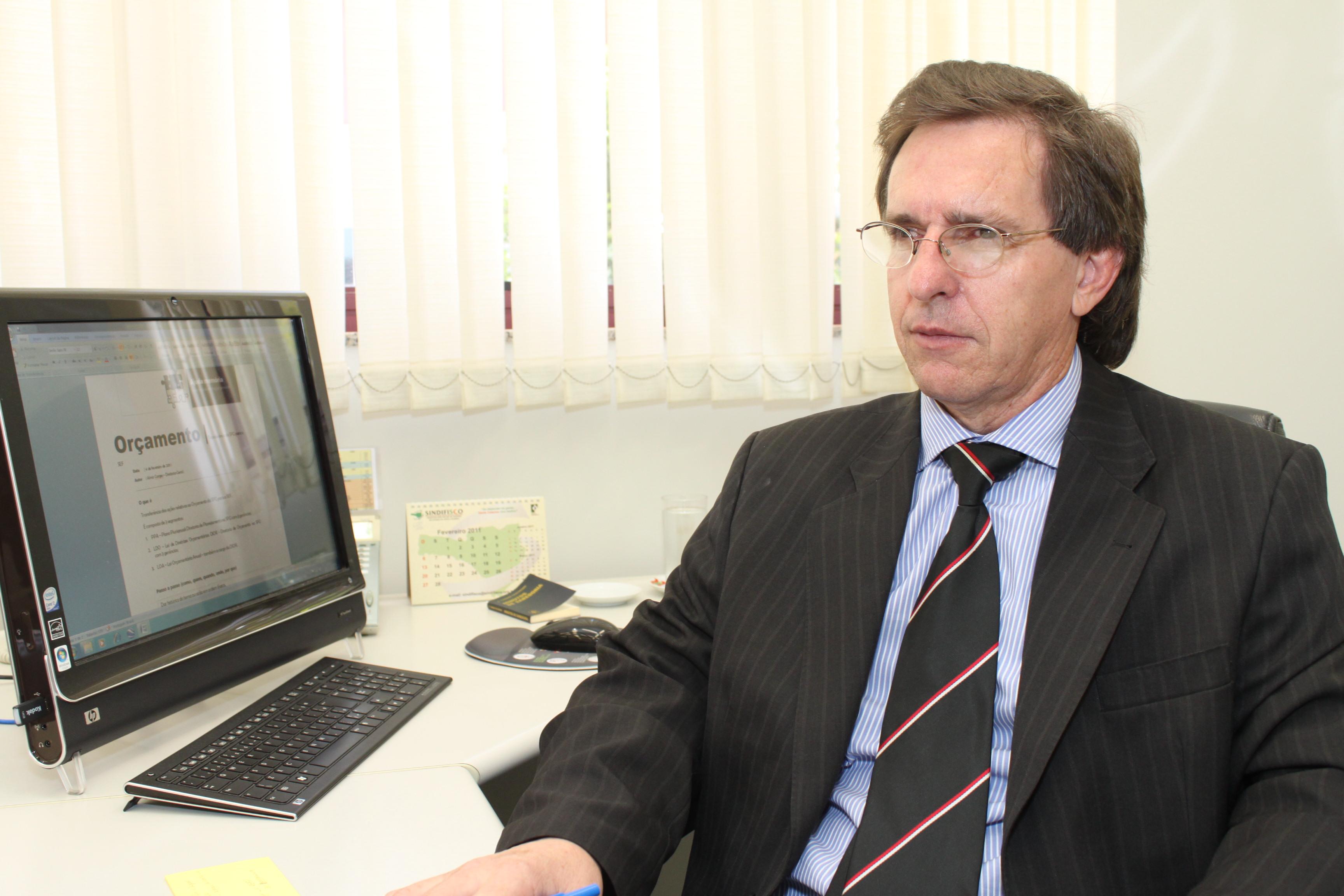 Almir Gorges assume a Secretaria de Estado da Fazenda