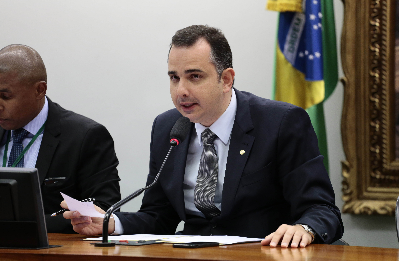 Câmara aprova projeto que explicita participação de empresas estrangeiras em empresas nacionais