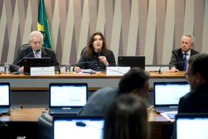"""Comissão mista aprova MP e prorroga por 60 dias prazo de adesão ao """"Refis rural"""""""