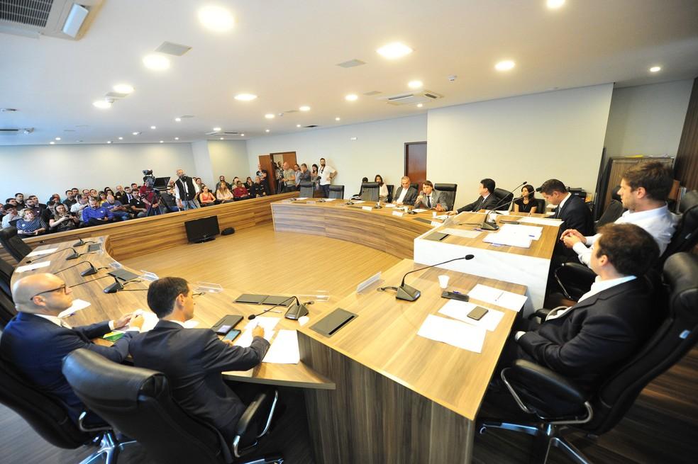 Audiência pública discute benefícios fiscais concedidos pelo Governo do Paraná à Ambev