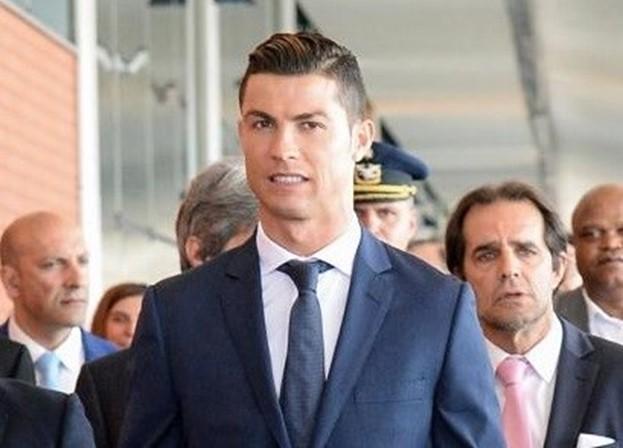 Ronaldo cometeu 4 crimes, garantem fiscalistas