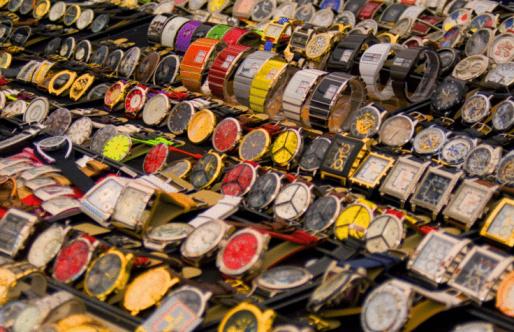 Operação Chronos: Receita Federal estima apreensão de R$ 50 milhões em relógios falsificados