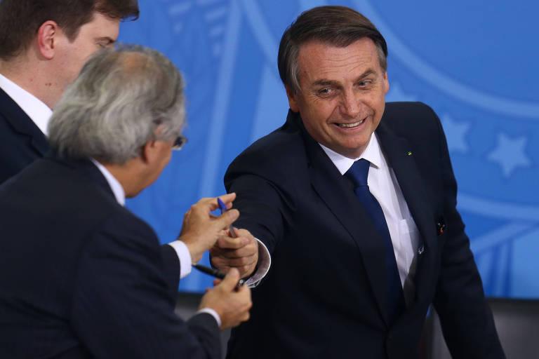 Bolsonaro vai anunciar desoneração da folha
