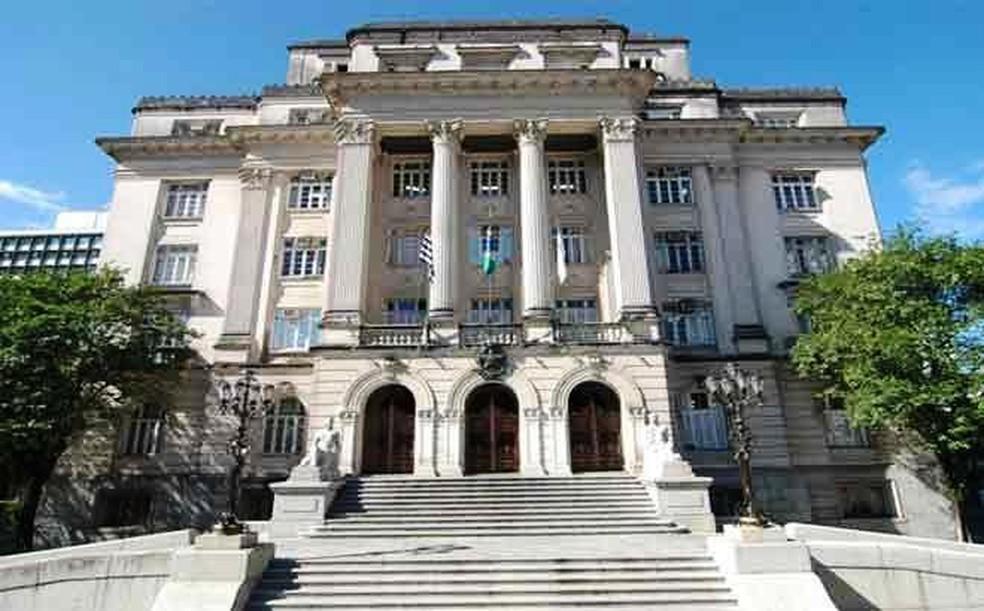 Atendimentos sobre tributos e taxas passam a ser agendados via internet em Santos