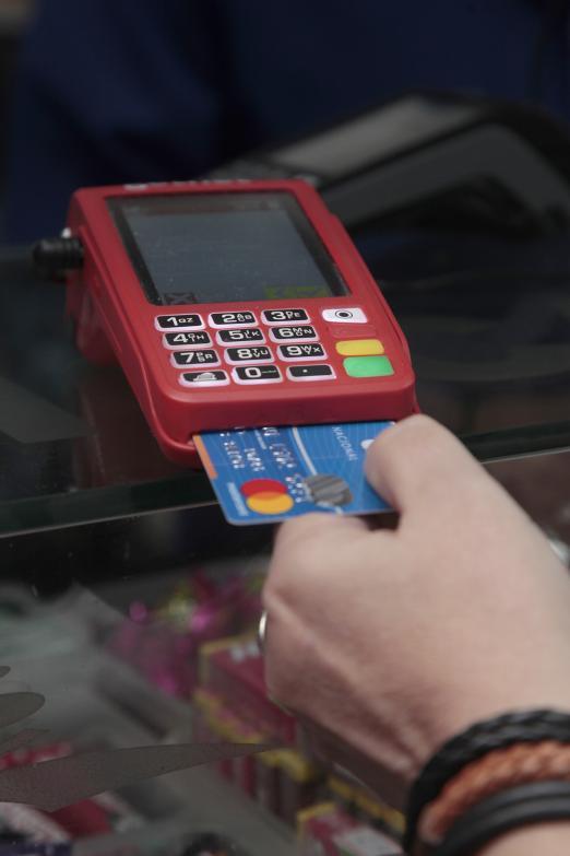 Contribuinte poderá pagar impostos de Santos com cartão de crédito e débito