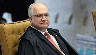 Ministro suspende ação de município paulista sobre titularidade do IR