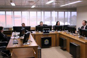 Tribunal confirma imunidade de contribuição ao PIS sobre a folha de pagamento de instituição