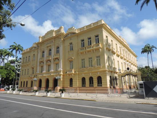 Governo de Pernambuco reduz tributos sobre heranças e doações