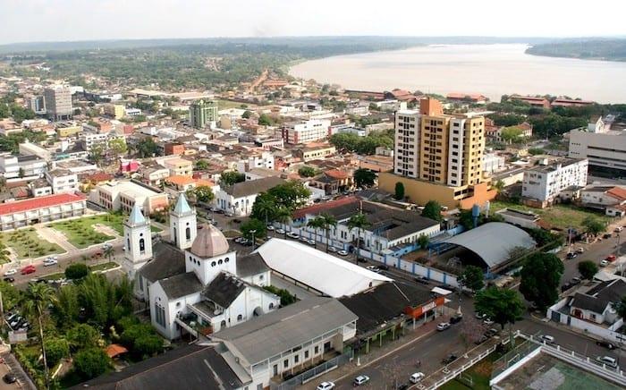 Isenção fiscal com renúncia tributária leva faculdades a retenção indevida de ISSQN em Porto Velho