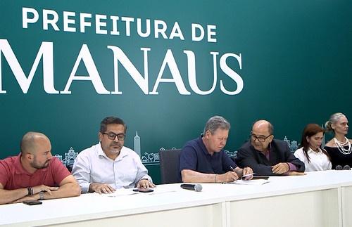 Prefeito apresenta leis de incentivo a startups e P&D em Manaus