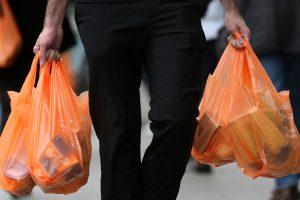 Sacolas de plástico de supermercado não geram direito ao crédito de ICMS