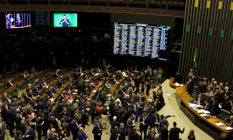 Câmara aprova MP que estimula renegociação de dívidas com a União