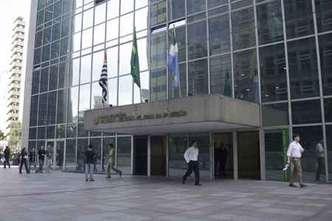 Não incide IR em restituição de previdência de advogados de SP