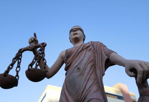 Mesmo com transferência judicial, débitos fiscais devem ser resolvidos junto ao Fisco