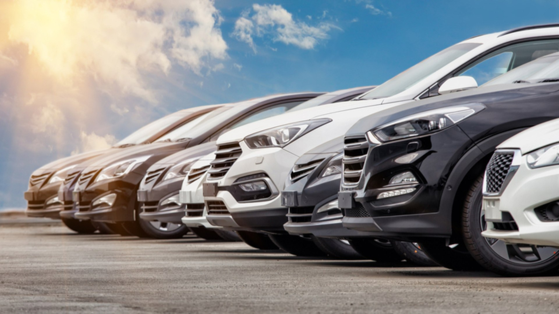 Incidência de ICMS sobre venda de automóveis com menos de um ano por locadoras é constitucional