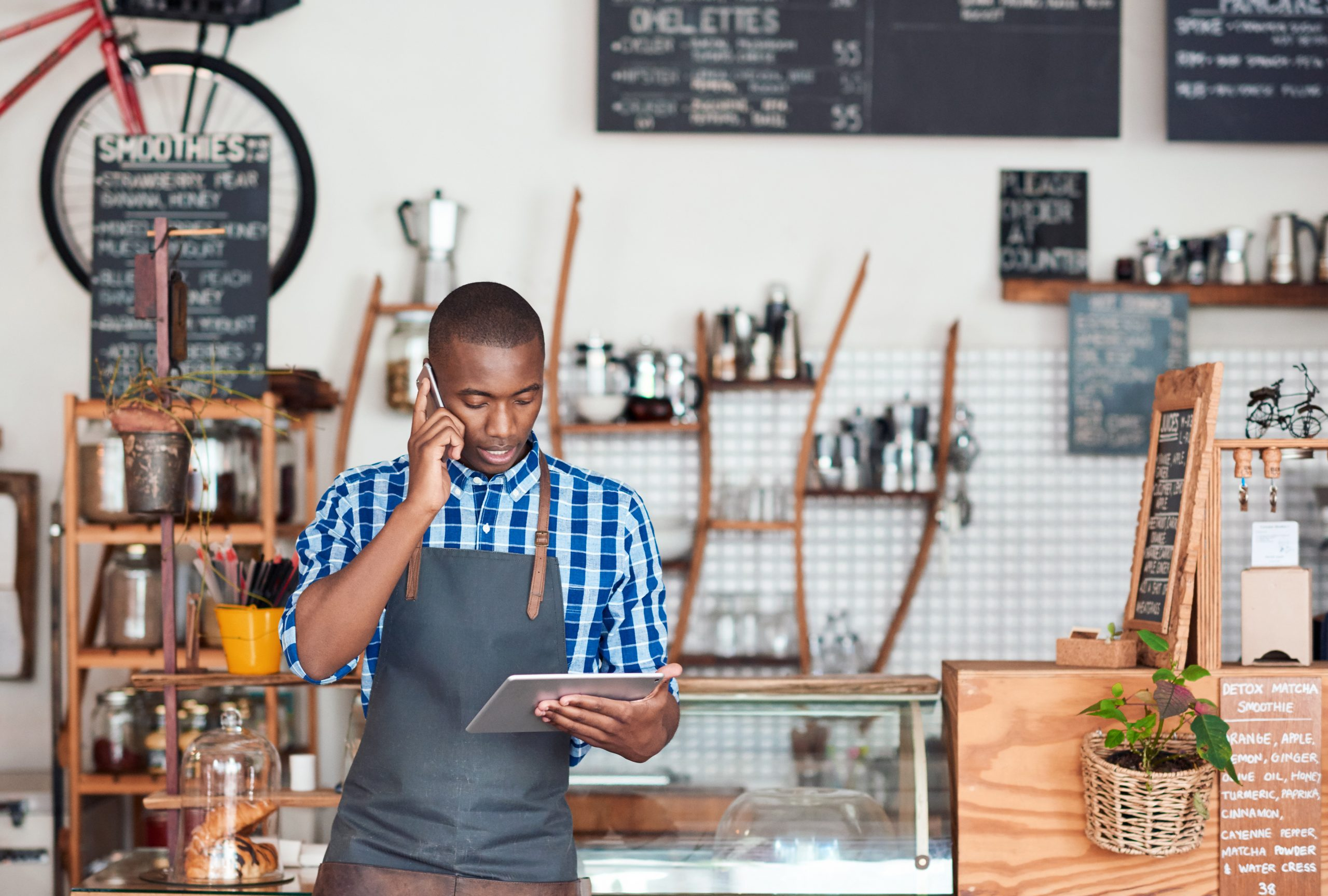 Resoluções que simplificam procedimentos para empresas entram em vigor