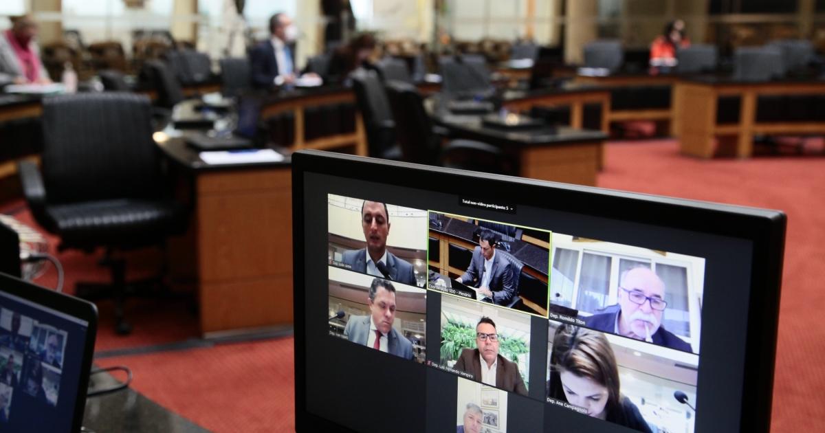 Vai a plenário proposta de sustação de ato do governo de Santa Catarina sobre ICMS