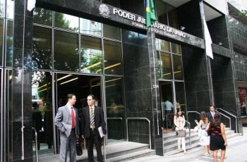Trabalhador vítima de gordofobia será indenizado por empresa de telecomunicações