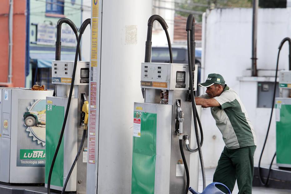 Governo aumenta impostos sobre bancos para compensar desoneração do diesel e gás de cozinha