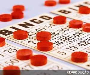 Clube do RJ deve pagar IRRF por explorar bingo na década de 90