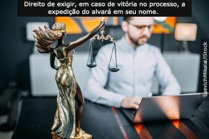 Advogado com poderes especiais tem direito à expedição de alvará em seu nome.