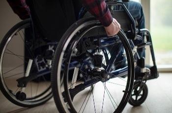 Indústria de alimentos em Contagem terá que reintegrar trabalhador por desrespeito à cota de pessoas com deficiência