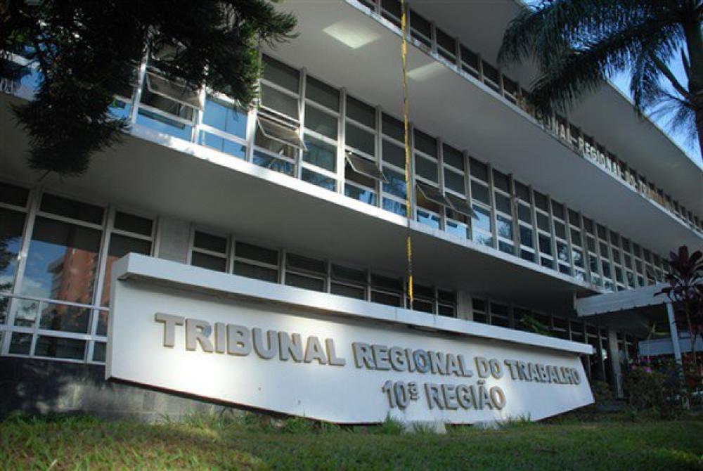 TRT-10 declara inconstitucionais dispositivos da CLT sobre pagamento de custas por beneficiários da justiça gratuita